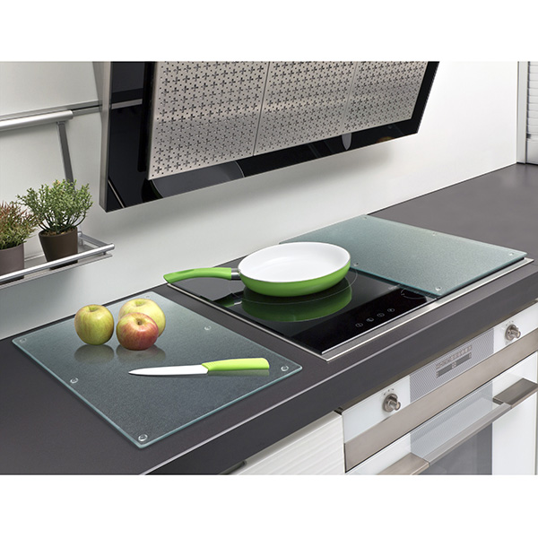 Cache plaque de cuisson vitroceramique table de cuisine for Protection plaque a induction