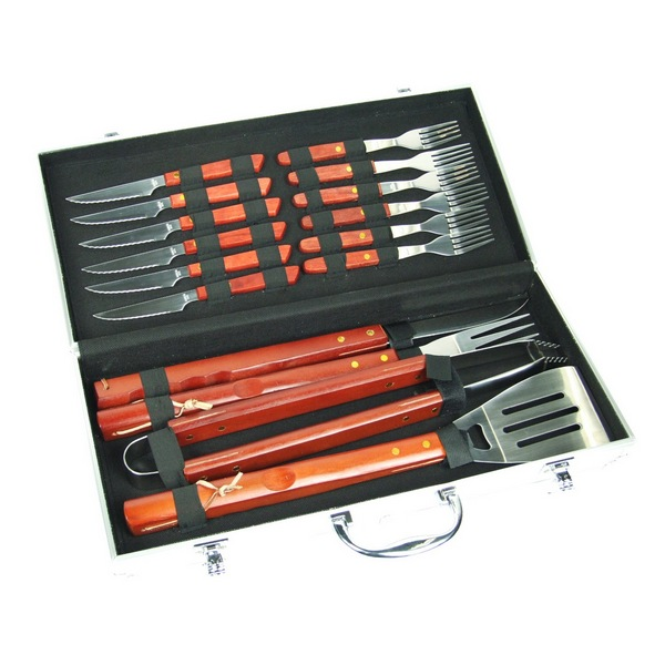 Malette Barbecue 17 Pieces Couverts Et Ustensiles Maison Futee