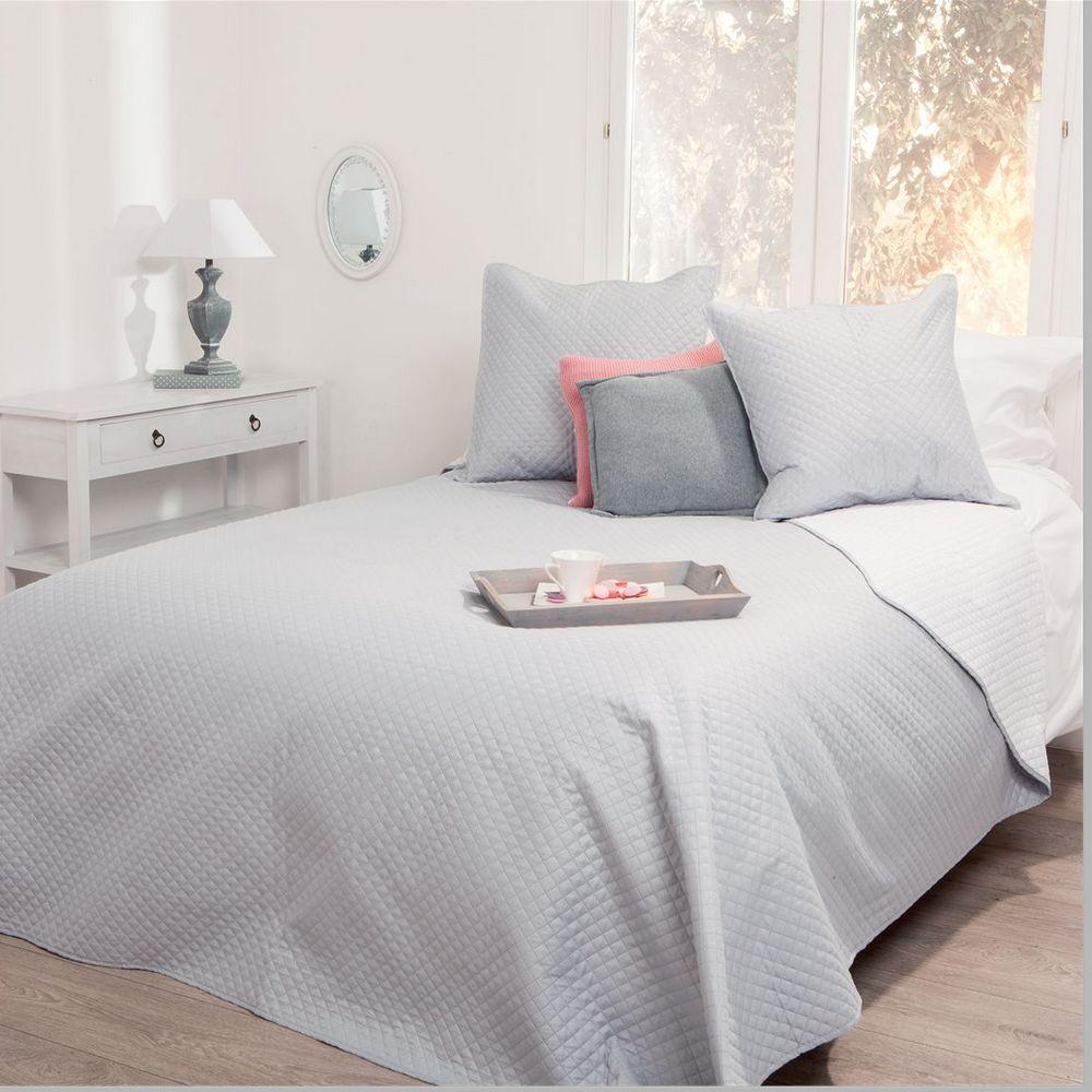 parure de lit grande taille dessus de lit 2 housses d 39 oreiller gris clair maison fut e. Black Bedroom Furniture Sets. Home Design Ideas